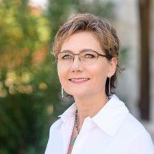 Lori Rathburn : REALTOR®, Residential Sales Manager